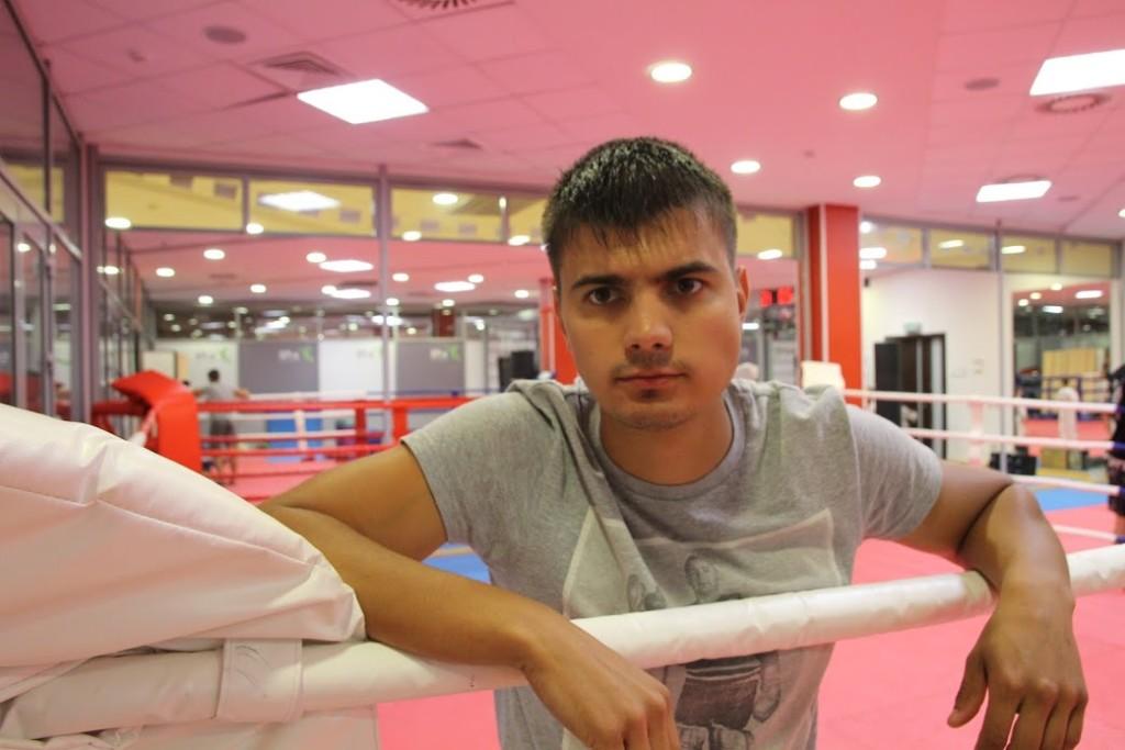 Советы начинающим боксерам - как расслабить плечи