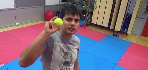Боксерские упражнения - тренировка с теннисным мячом