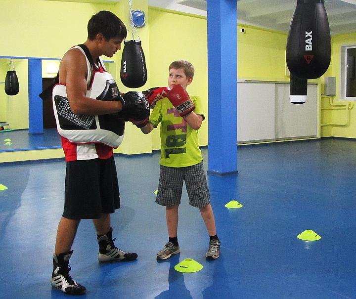 Персональный-тренер-по-боксу-для-ребенка